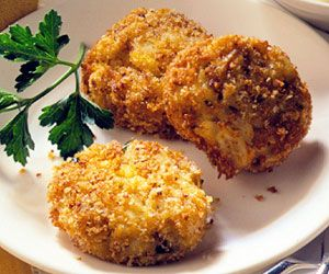 Mini Crab Cakes   Recipe   Mini Crab Cakes, Crab Cakes and Hot Pepper ...