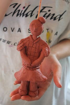 ANCIENT CHINA: THE FIRST EMPEROR QIN & HIS TERRACOTTA WARRIORS (WITH BOOK REVIEWS AND ACTIVITY)