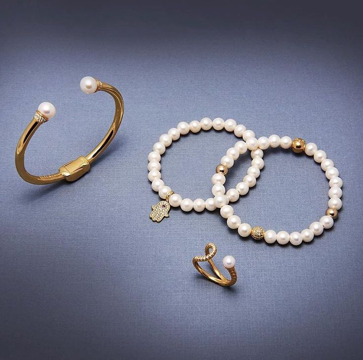 Fresh water pearls by Nialaya