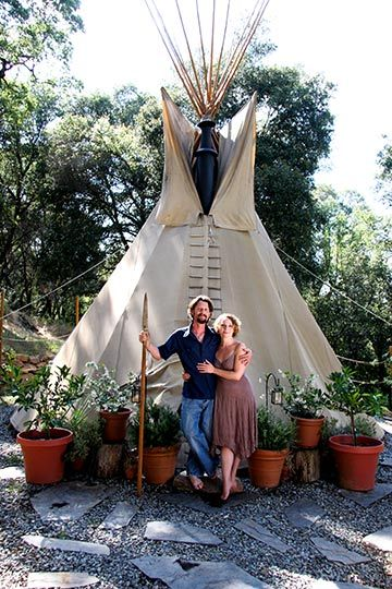 """""""...living the tipi dream."""" .. I wouldn't want to live in it, but to have one for an art studio, meditation room, and/or yoga studio would be sick!"""