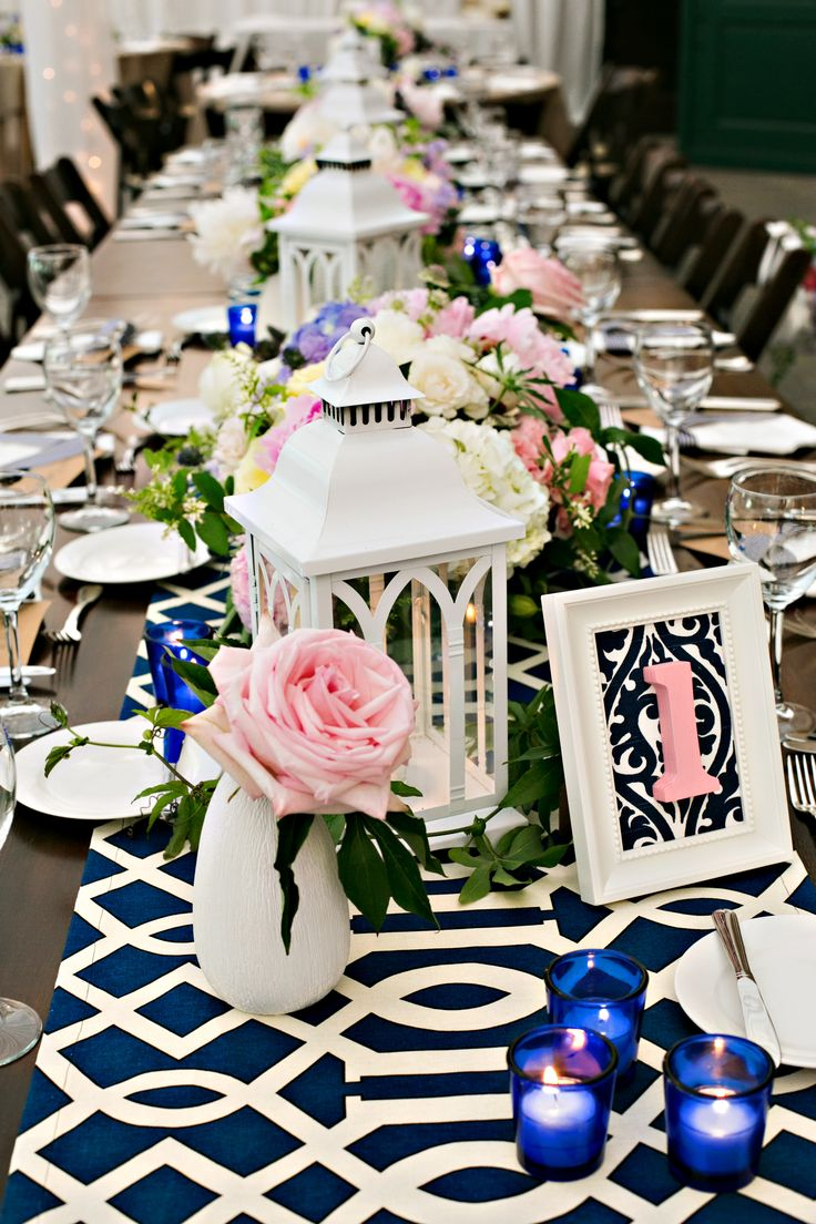 Table Decor & Table Numbers | @Victoria Clausen Florals