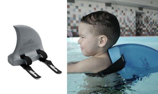 Swimfin, uniek zwemhulpmiddel voor kinderen in vorm van een haaienvin