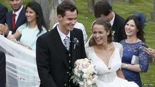 Andy Murray and Kim Sears wed in Dunblane.