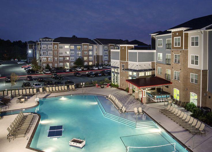 111 South Statesboro, CA student housing outdoor pool area