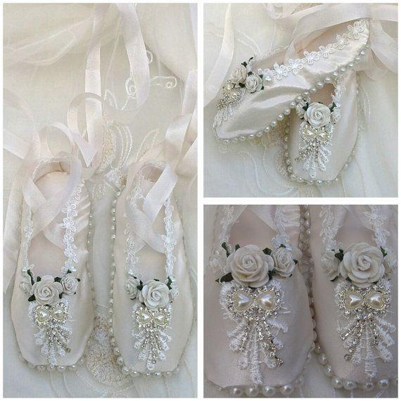 Handmade shabby chic ballet shoes  ballet slippers  by Aligri