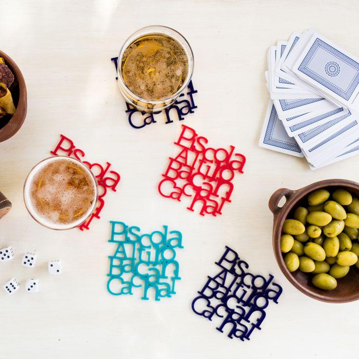 Posavasos Piscola Chilean slang coasters. #chileandesign #madeinchile #lasercut