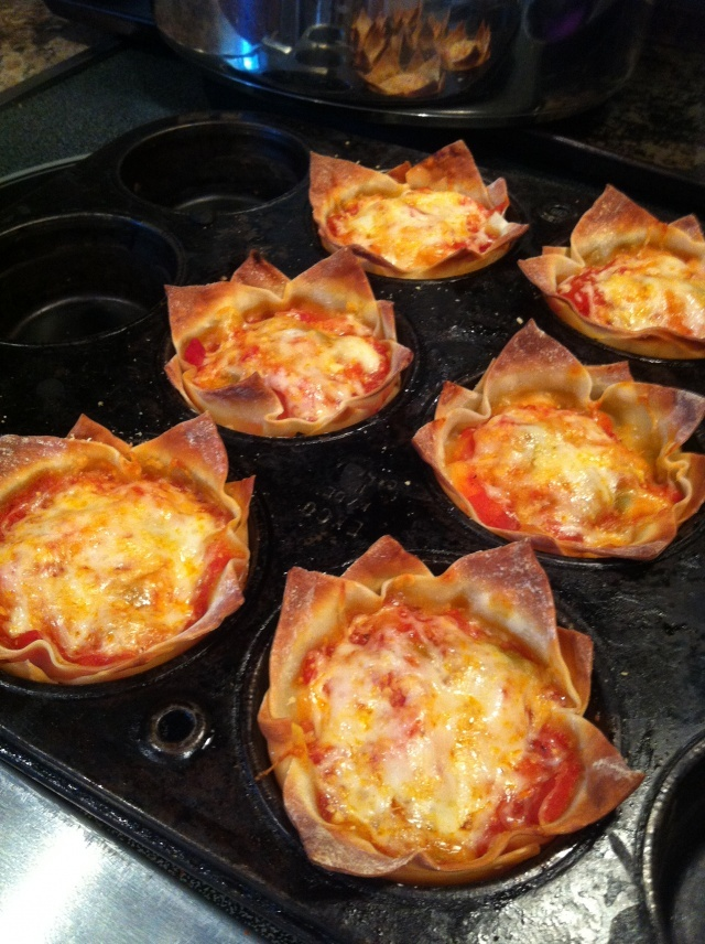 Vegetarian Lasagna Cupcakes... Would be a great Vegetarian entree for a get-together... Can be prepped a day ahead and baked off day of party...