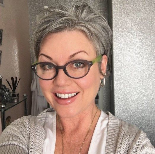 Short Hairstyles For Gray Hair And Glasses  Grey -4390