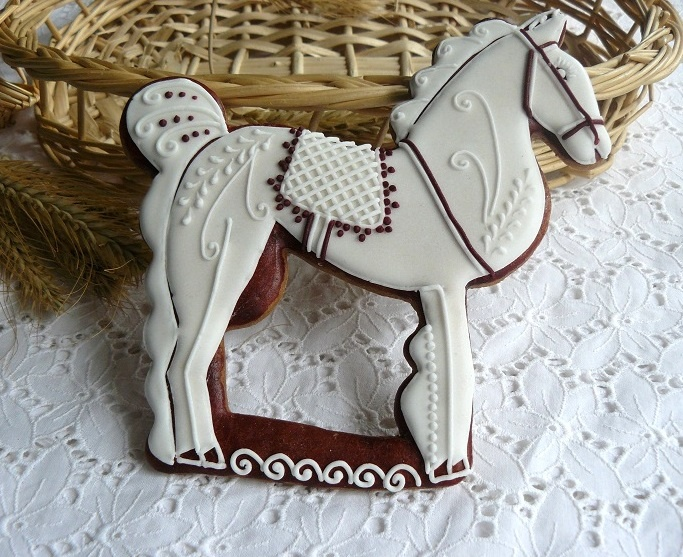 Beautifully piped decorated horse cookie