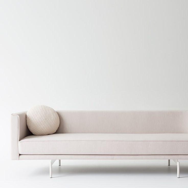 Sofá de líneas modernas