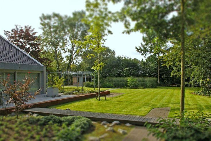 Van mierlo tuinen moderne tuin hoog exclusieve woon for Moderne waterpartijen tuin