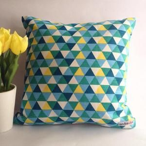 Sarung bantal sofa / Cushion cover - Triangle green yellow