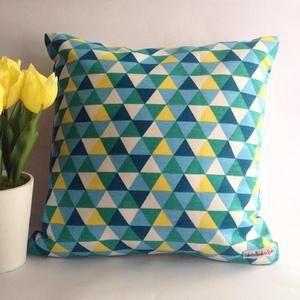 Sarung bantal sofa / Cushion cover - Triangle green yellow
