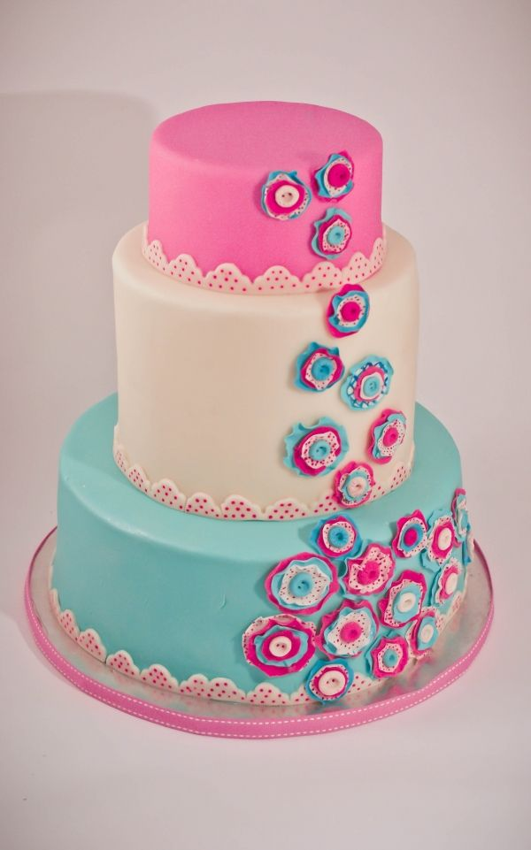 The colors on this cake are so pretty - they'd coordinate perfectly with the Fashionista I styled for my daughter --> http://etsy.me/22lnVwy