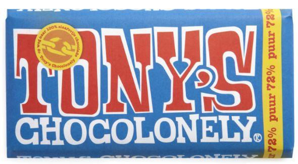 Puur. Deze reep bevat ten minste 70% cacao. Ze-ven-tig! Dat zijn een hoop cacaobonen Deze pure lekkernij in blauwe wikkel is dan ook alleen weggelegd voor de échte chocoliefhebber.