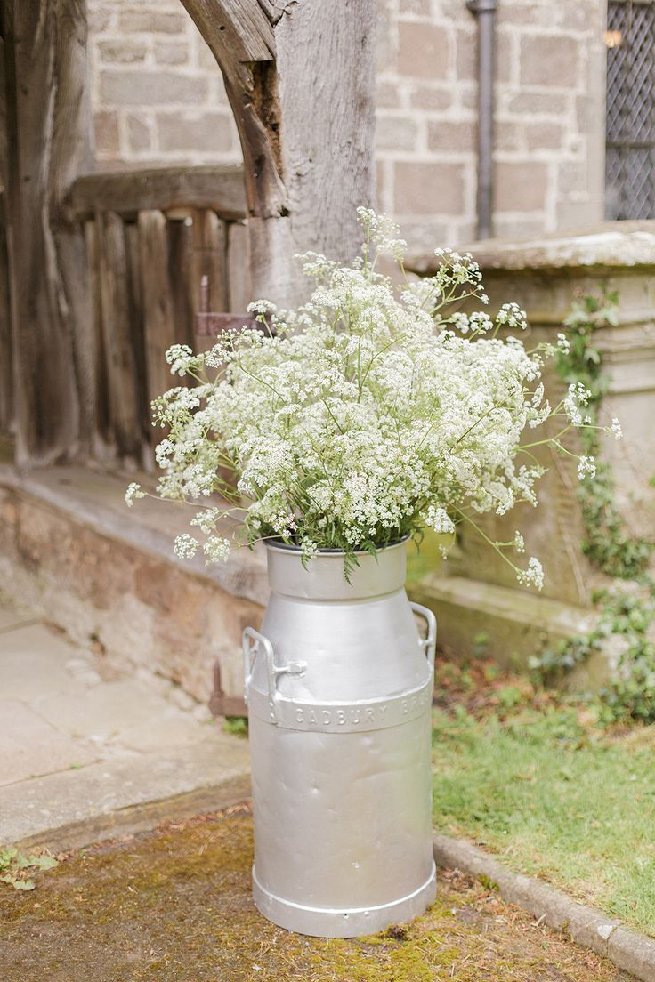 Milk Churn Filled with White Wild Flowers | Classic Wedding | Navy & Pink Colour Scheme |  Images by Sarah Gawler Photography | http://www.rockmywedding.co.uk/annie-gareth/