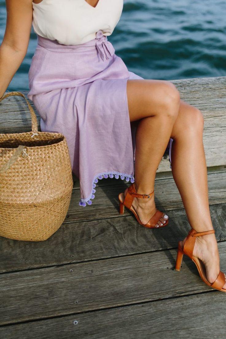 DIY: wrap skirt (with pom pom hem!) #Sew #Sewing #Fabric #Clothes