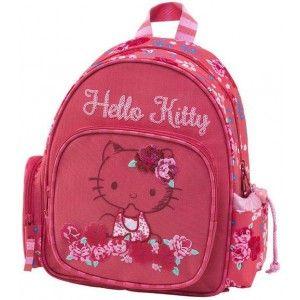 """ΣΑΚΙΔΙΟ ΝΗΠΙΑΓΩΓΕΙΟΥ HELLO KITTY - ROSES ΚΟΡΑΛΙ Πρόκειται για ένα σακίδιο νηπιαγωγείου της """"Hello Kitty"""", από την εταιρεία Graffiti. Αποτελείται από μια κύρια θήκη και μια πιο μικρή στην μπροστινή πλευρά, που και οι δύο κλείνουν με φερμουάρ. Διαθέτει και 2 θήκες στο πλάι, μια που κλείνει με κορδόνι και μπορείτε να τοποθετήσετε το μπουκάλι νερού και η άλλη σαν πορτοφολάκι, που κλείνει με φερμουάρ. Είναι κατάλληλη κατά την σχολική περίοδο, αλλά και για τις βόλτες σας, τοποθετώντας μέσα τα…"""