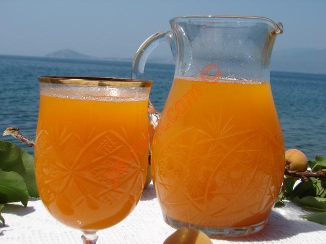 Kayısı Meyve Suyu Resimli Tarifi - Yemek Tarifleri