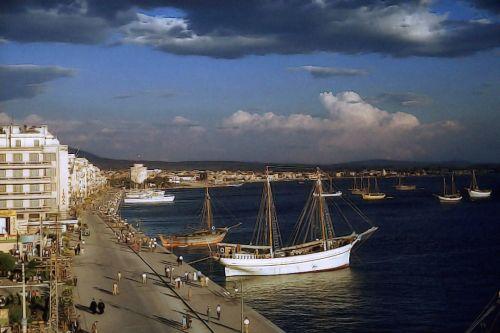 Άποψη της παραλίας στα μέσα της δεκαετίας του 1950