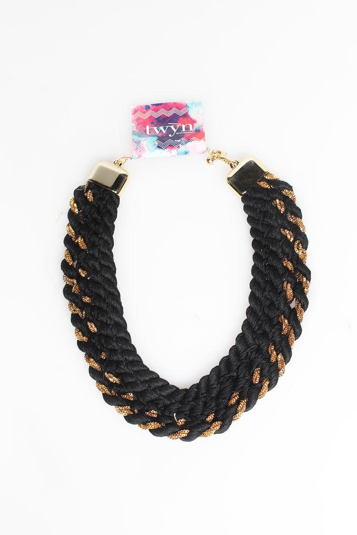 Royal Queen Black Gold | Rp 85.500
