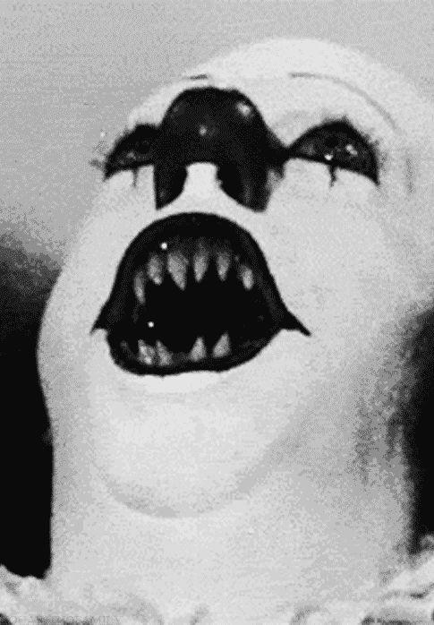 10 horrifying Halloween GIFs