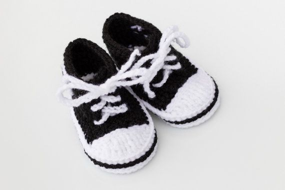 Crochet baby Converse,Baby shoes,Baby sneakers,Baby trainers,Crochet,Converse,Baby converse,Shower gift,Mini,Sneakers,Newborn,Made to order