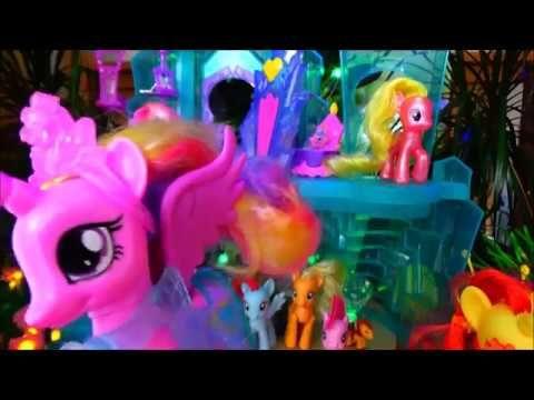 """Песня принцессы Каденс для видео про игрушки из """"Мой маленький пони. Дру..."""