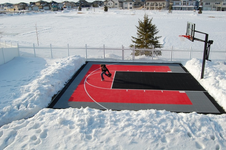 Always a time to play basketball.... even in the snow! :)  #basketball #winter #games