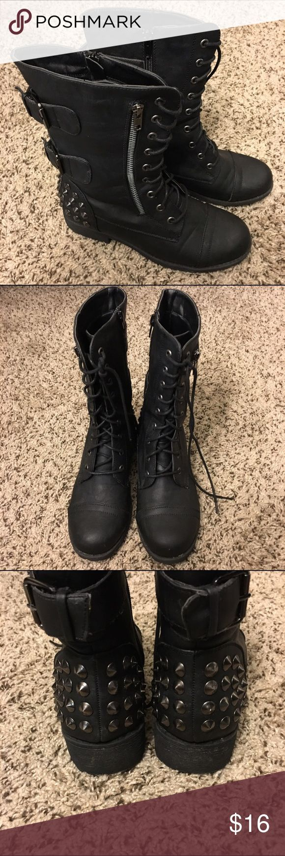 studded combat boots SIZE 7.5. they're a synthetic material, not leather. i only wore them a few times for a cosplay, but they ended up being too big for me. Shoes Combat & Moto Boots