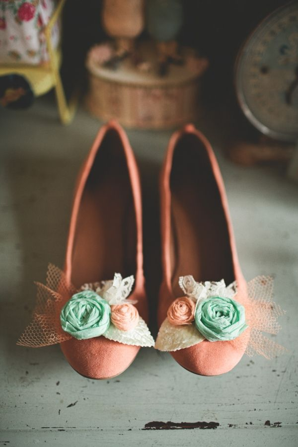 peach and mint - J Crew shoes, photo by TinSparrowStudio.com: Fashion Shoes, Home Wedding, Woman Shoes, Girls Fashion, Bride Shoes, Fashion Looks, Girls Shoes, Shoes Clip, J Crew Shoes
