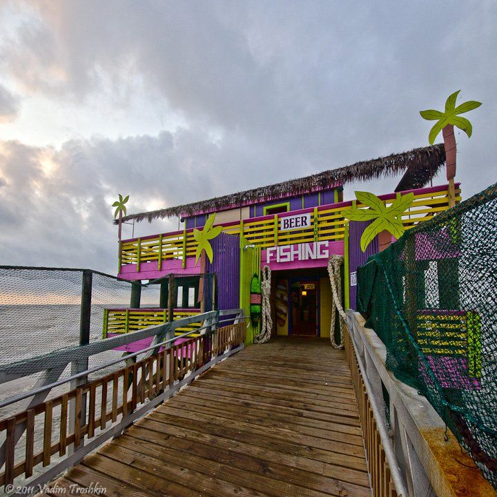 Located on the Gulf of Mexico in Galveston, Texas, the 61st St. Pier offers fun for everyone. They welcome fisherman and families. You may bring your own rods and bait or rent or purchase supplies in their bait and tackle shop. Their emphasis is on remaining a family oriented pier.