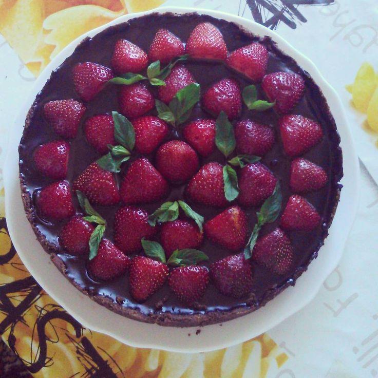 strawberry - chocolate tart
