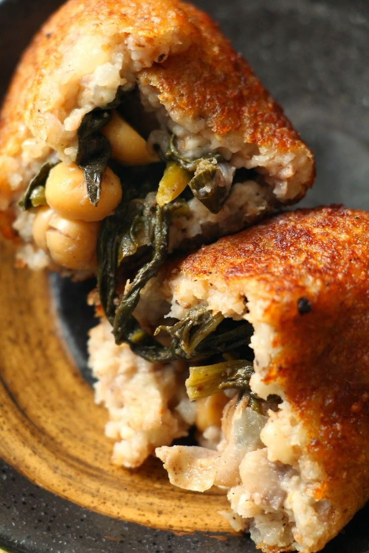 Potato croquettes stuffed with chickpea and spinach #vegan #Lebanese