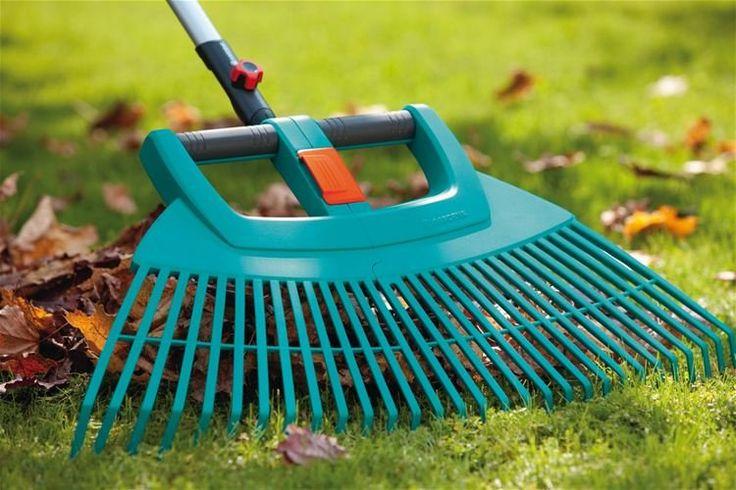 Vějířové hrábě plastové XXL vario z řady GARDENA combisystem optimální pro rozsáhlé a časově nenáročné hrabání listí, odřezků trávy, materiálu po provzdušňování a dalšího zahradního odpadu. Mimořádná pracovní šířka 77 cm.