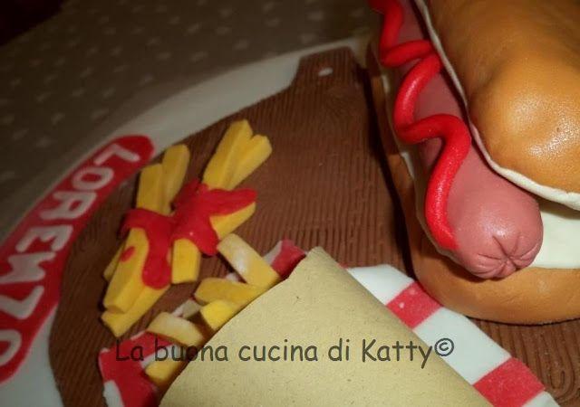 La buona cucina di Katty: Torta Hot dog e patatine fritte - Hot dog cake and chips