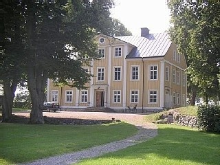 Countryside manor house by lake close to Stockholm www.grandtripsweden.com Vacation Rental in Stockholm from @homeaway! #vacation #rental #travel #homeaway