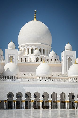 Sheikh Zayed Grand Mosque, Abu Dhabi #travel,,,,,http://bit.ly/1gcPcCU