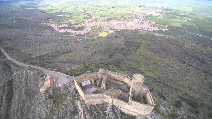 Seguimos con las vistas de pájaro de puebla de alcocer (Badajoz )