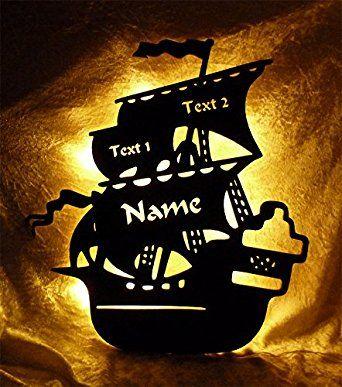 """Schlummerlicht24 luce notturna """"Nave dei pirati"""" con nome su richiesta, lampada LED per la stanza dei bambini o per la camera bebè, ideale per regalo battesimo o nascita, fatto a mano"""