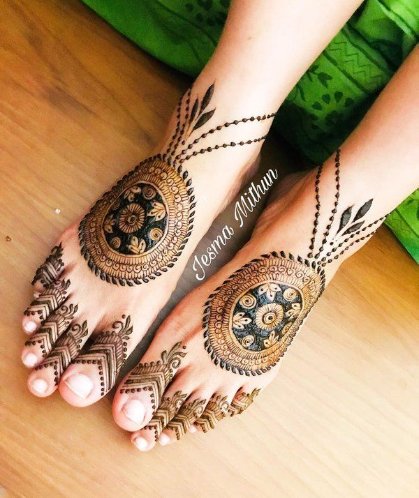 25+ Fresh & Stunning Foot Mehndi Designs for the Modern Brides