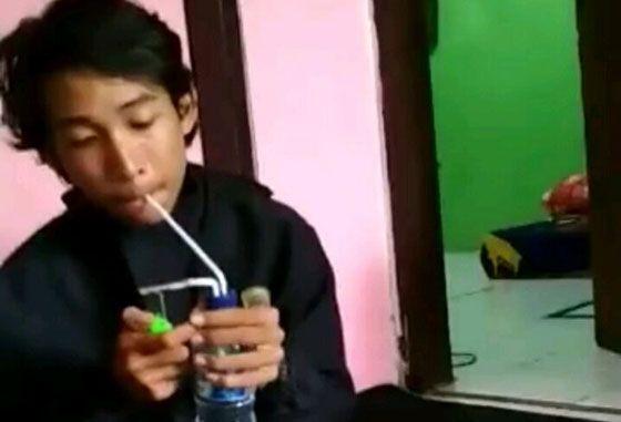 Viral! Video Remaja Berlogat Makassar Lagi Nyabu Beredar di Medsos