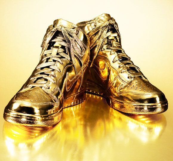 nike 6 o chaussures mi - GOLD on Pinterest | Gold Balloons, Donald O'connor and Golden Shoes