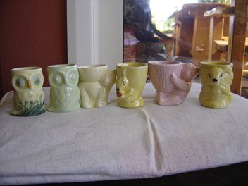 animal egg cups not sure all/any Crown Lynn