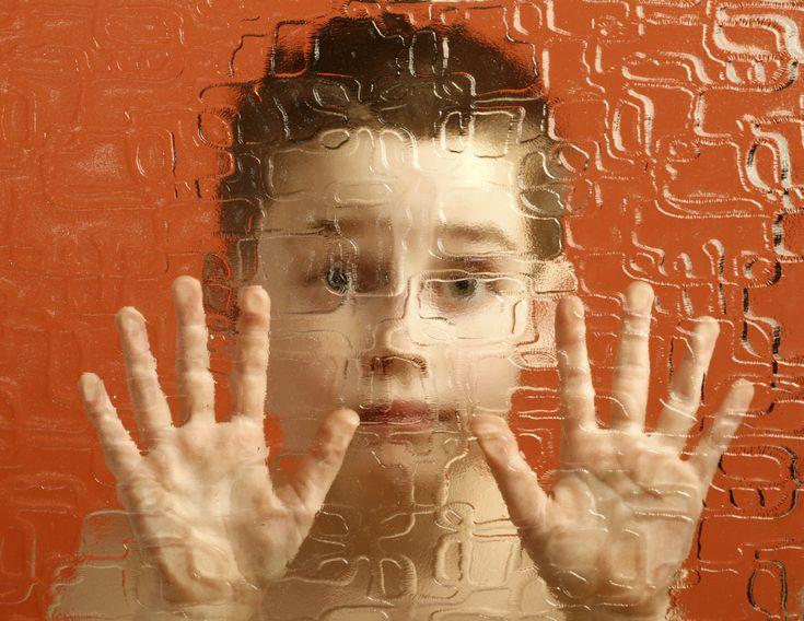 Помощь при аутизме очно и он-лайн. Тестирование, консультации, составление диагностической карты, разработка программы коррекции.