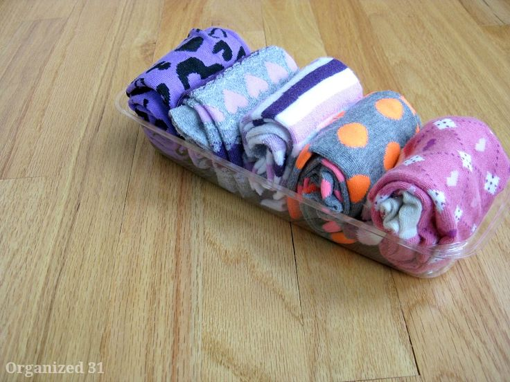 Yes, you can keep your socks neat. All you need is a few repurposed sandwich boxes!