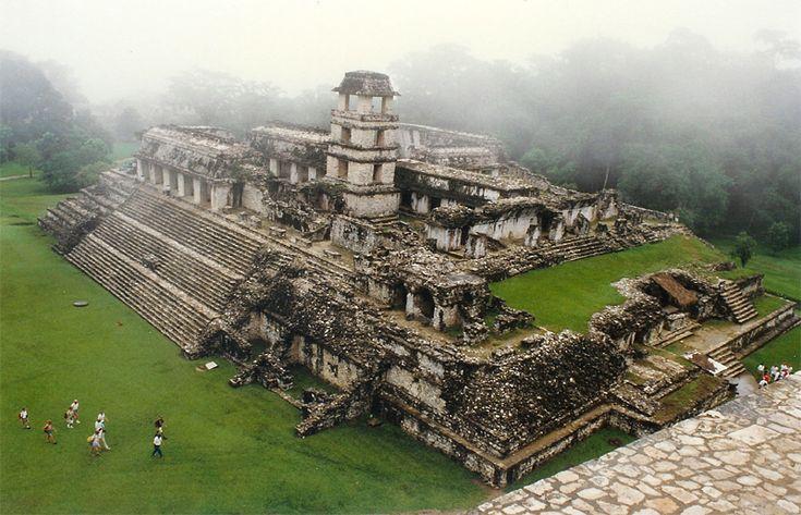 Lejos de un tema tan sensacionalista This is Palenque, Chiapas un lugar magico para caminar.