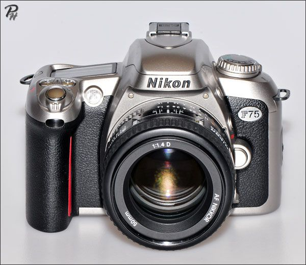 Nikon F75 camera http://www.photographic-hardware.info