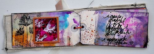 art journaling: Minis Books, Media Journals Crafts Etc, Art Inspiration, Artsy Inspiration, Tiny Art, Art Journals Inspiration, Tags Art, Mixed Mediajournalscraftsetc, Art Journaling