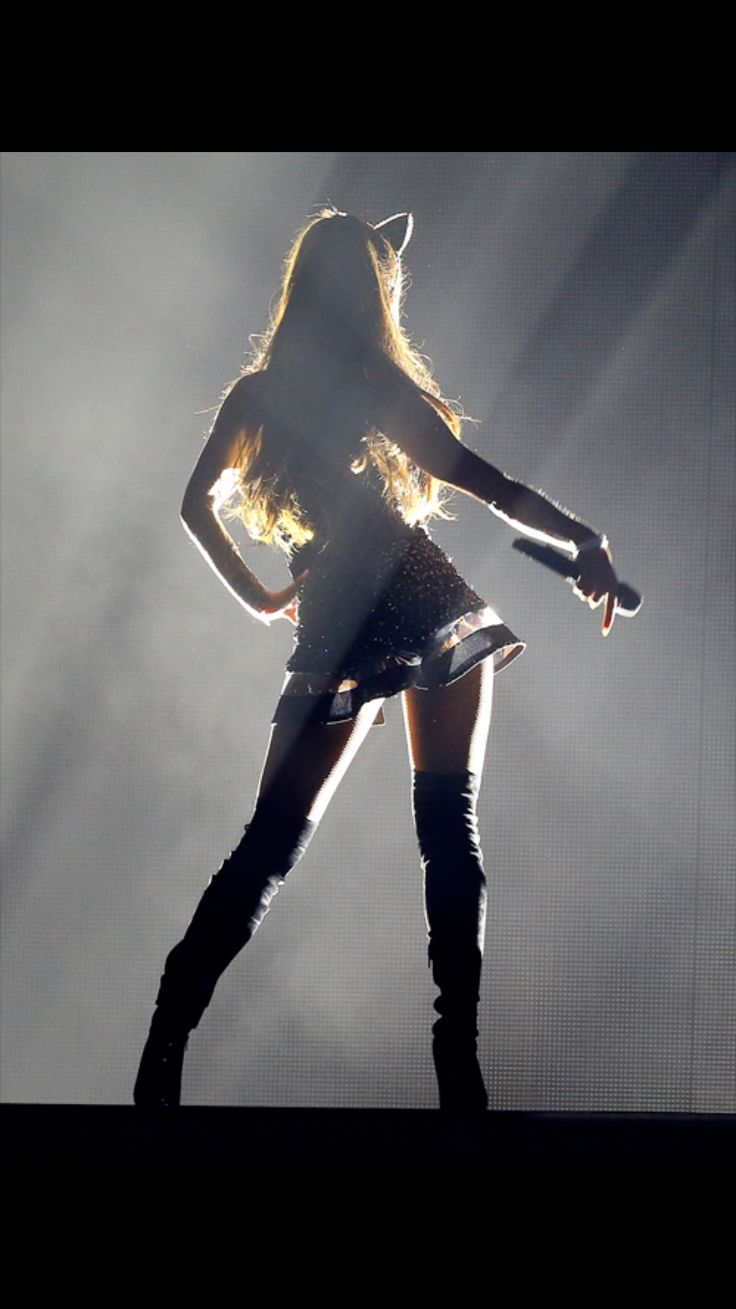 AG - I love this shot from The Honeymoon Tour